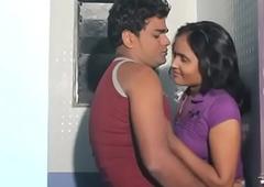desimasala.co - Bhabhi Romance with Plumber approximately Bathroom