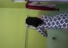 Bhabhi Self Recorded Fully Unveil Bathing Clip