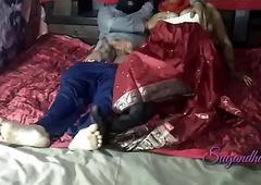 होटल में तलाकशुदा आंटी को ले जाकर चुदाई की